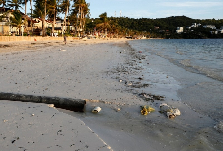 A sewage pipe is seen along the shore of Bulabog beach on Boracay island, Philippines April 10, 2018. Picture taken April 10, 2018.  REUTERS/Erik De Castro
