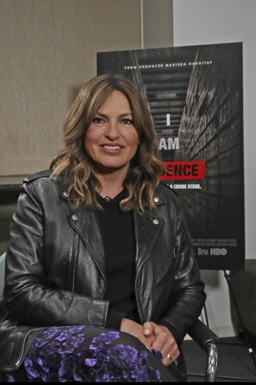 "This April 10, 2018 photo shows actress and documentary film producer Mariska Hargitay in New York. Hargitay, who stars as Detective Olivia Benson in the police procedural ""Law and Order: SVU"" for the past 19 seasons, has turned her clout as an advocate for victims in the upcoming HBO documentary, ""I Am Evidence,"" where she also serves as producer. It premieres Monday on HBO. (AP Photo/John Carucci)"