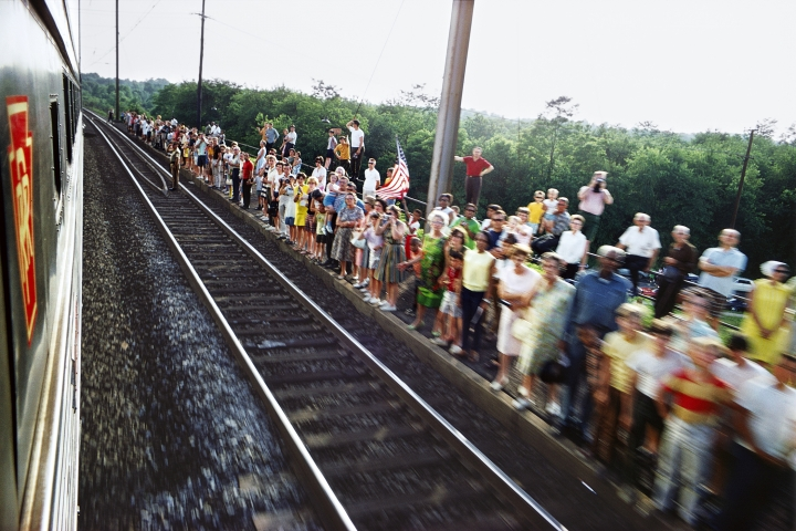 """In this 1968 photo provided by the San Francisco Museum of Modern Art is the photograph Paul Fusco, Untitled, from the series RFK Funeral Train, that is part of the exhibit, """"The Train: RFK's Last Journey,"""" at the San Francisco Museum of Modern Art. (Paul Fusco/Magnum Photos, courtesy Danziger Gallery/San Francisco Museum of Modern Art via AP)"""