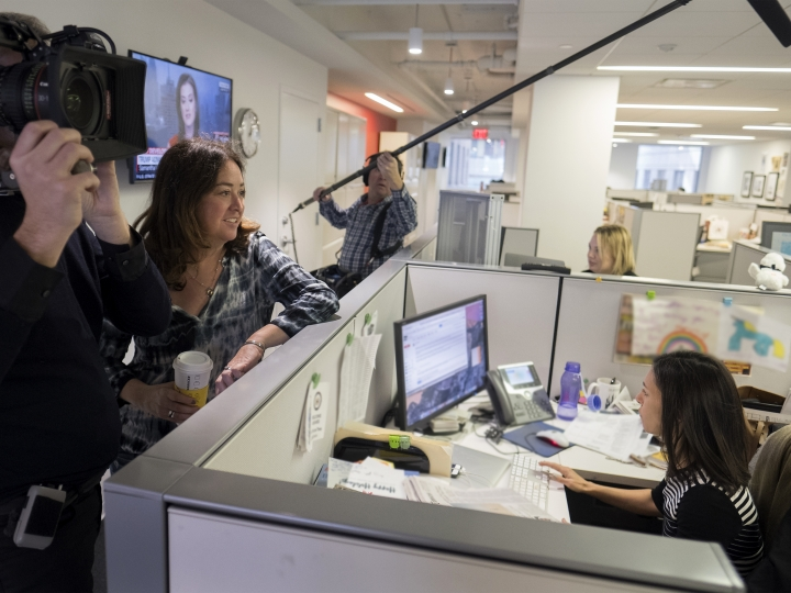 "This image released by Showtime shows filmmaker Liz Garbus, left, talking with New York Times White House correspondent Julie Hirschfeld Davis in Washington, during the filming of the original documentary series ""The Fourth Estate."" The first episode of the series will close the 17th annual Tribeca Film Festival. (T.J. Kirkpatrick/Showtime via AP)"