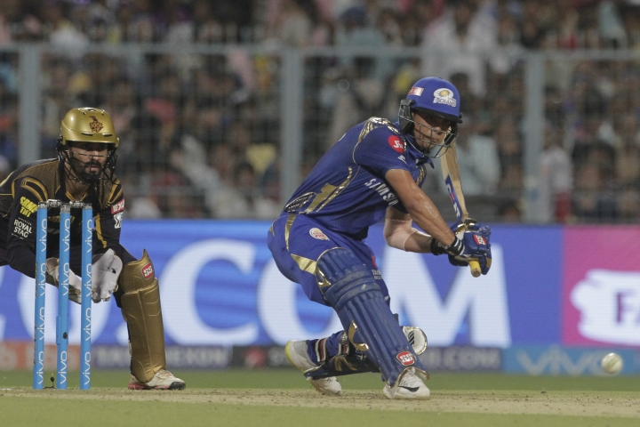 Mumbai Indians' Ishan Kishan bats during the VIVO IPL cricket T20 match against Kolkata Knight Riders in Kolkata, India, Wednesday, May 9, 2018. (AP Photo/Bikas Das)