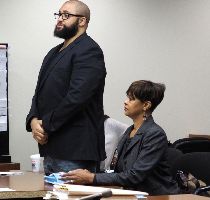 In this May 14, 2018 photo, actor Richard Marcos Taylor, left, appears in state Superior Court in New Brunswick, N.J. Taylor was sentenced to a one year probation for threatening bank employees. He pleaded guilty to making terroristic threats. (Patti Sapone /NJ Advance Media via AP)