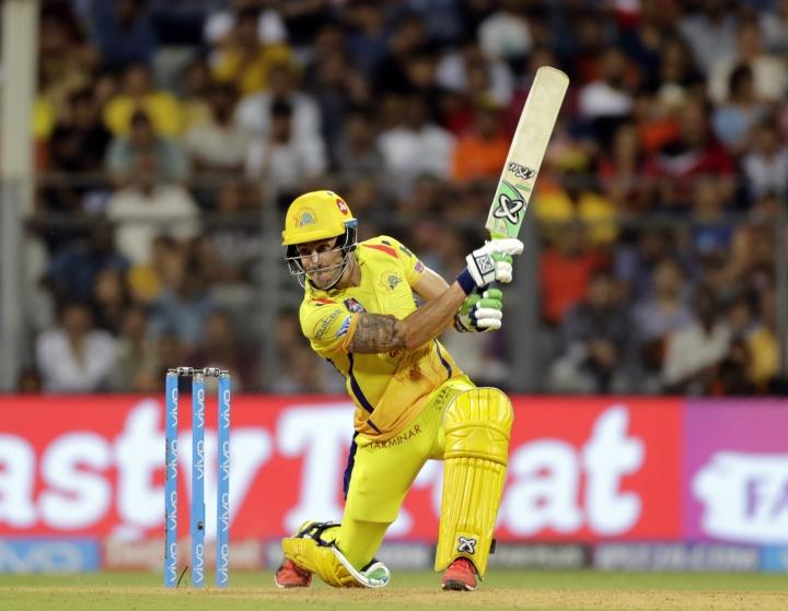 Chennai Super Kings' Faf du Plessis bats during the VIVO IPL cricket T20 match against the Sunrisers Hyderabad , in Mumbai, India, Tuesday, May 22, 2018. (AP Photo/Rajanish Kakade)