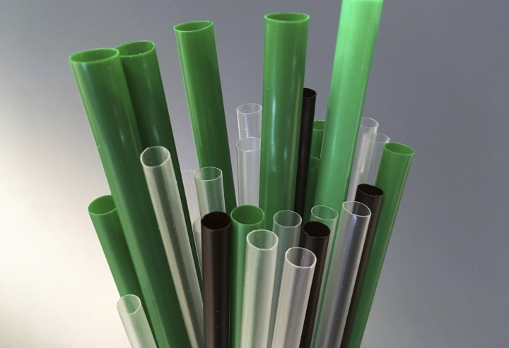 Plastic drinking straws are photographed in New York, Wednesday, May 23, 2018. Citing the growing problem of plastic pollution, New York City Council Member Rafael Espinal introduced a bill on Wednesday that would ban the use of plastic straws and stirrers in New York City bars, restaurants and coffee shops. (AP Photo/Barbara Woike)