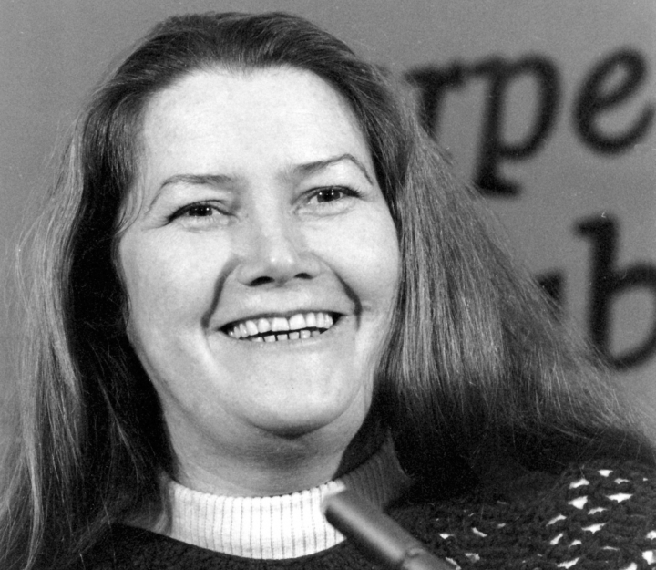 FILE - In this March 1, 1977, file photo, Australian author Colleen McCullough laughs during a news conference in New York. An Australian judge ruled on Friday, July 20, 2018 that best-selling author Colleen McCullough's widower was the sole beneficiary of her estate following a bitter court wrangle. (AP Photo/File)