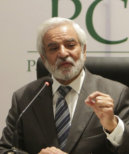 Newly elected Chairman of Pakistan Cricket Board Ehsan Mani addresses a news conference in Lahore, Pakistan, Tuesday, Sept. 4, 2018. Mani was officially elected unopposed as the chairman of Pakistan Cricket Board on Tuesday. Prime minister Imran Khan, who is also patron of the PCB, nominated Mani as the member of the Board of Governors last month after Najam Sethi resigned as the PCB chairman. (AP Photo/K.M. Chaudary)