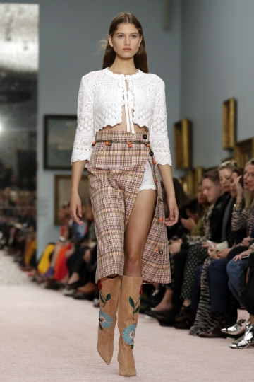 The Carolina Herrera spring 2019 collection is modeled during Fashion Week in New York, Monday, Sept. 10, 2018. (AP Photo/Richard Drew)