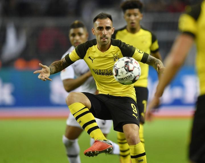 Dortmund's Paco Alcacer plays the ball during the German Bundesliga soccer match between Borussia Dortmund and Eintracht Frankfurt in Dortmund, Germany, Friday, Sept. 14, 2018. (AP Photo/Martin Meissner)