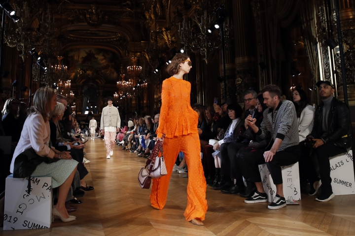 A model wears a creation for Stella McCartney ready-to-wear spring/summer 2019 fashion collection presented in Paris, Monday, Oct.1, 2018. (AP Photo/Christophe Ena)