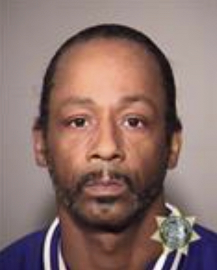 "This image provided by the Multnomah County Jail shows Katt Williams who was arrested on suspicion of assaulting a driver. Williams is in jail Sunday, Oct, 7, 2018. He had come to Portland to perform in Nick Cannon's ""Wild 'N Out"" comedy improv show Friday night. (Multnomah County Jail via AP)"