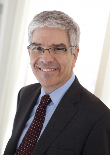 This undated photo provided by NYU Stern School of Business shows Paul Romer. Romer and Yale University's William Nordhaus have been awarded the 2018 Nobel Prize for Economics on Monday, Oct. 8, 2018. Nordhaus was named for integrating climate change into long term macroeconomic analysis and Romer was awarded for factoring technological innovation into macroeconomics. (NYU Stern School of Business via AP)