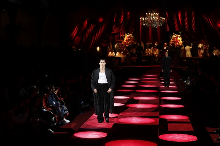 A model wears a creation as part of the Dolce & Gabbana men's Fall-Winter 2019-20 collection, that was presented in Milan, Italy, Saturday, Jan.12, 2019. (AP Photo/Antonio Calanni)