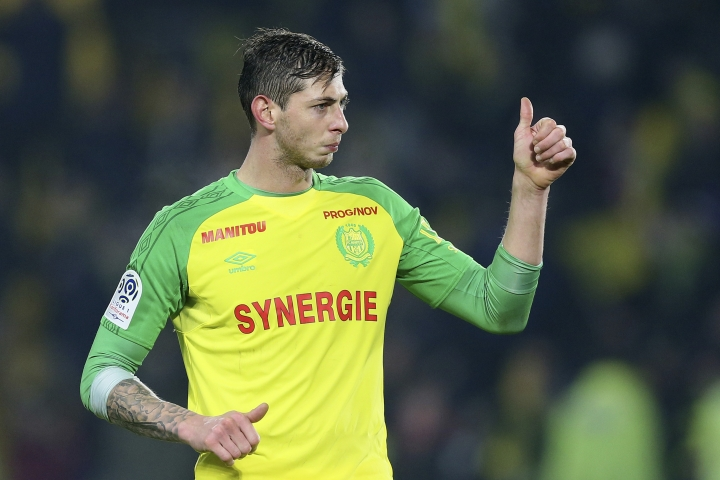 In this his picture taken on Jan. 14, 2018, Argentine soccer player, Emiliano Sala, of the FC Nantes club, western France, gives a thumbs up during a soccer match against PSG in Nantes, France. The French civil aviation authority says Emiliano Sala was aboard a small passenger plane that went missing off the coast of the island of Guernsey. (AP Photo/David Vincent)