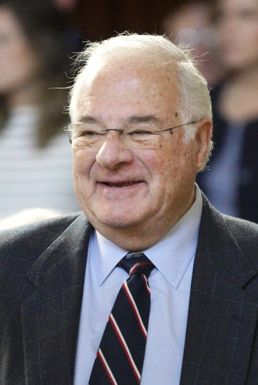 "In this Jan. 10, 2018 photo, online brokerage TD Ameritrade founder Joe Ricketts attends the swearing-in ceremony of his son, Neb. Gov. Pete Ricketts, in Lincoln, Neb. The patriarch of the family behind the Chicago Cubs has apologized after an online media outlet published emails in which he took part in racist comments and conspiracy theories. Some of the emails Splinter News published Monday, Feb. 4, 2019, featured Ricketts making Islamophobic comments. Others included conspiracies about former President Barack Obama's birthplace and education. Ricketts apologized for the emails, saying he believes ""bigoted ideas are wrong."" (AP Photo/Nati Harnik, File)"
