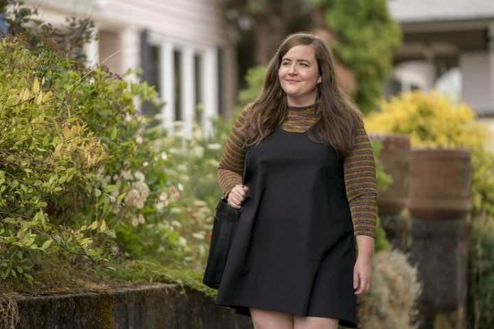 """This image released by Hulu shows Aidy Bryant in a scene from the Hulu series, """"Shrill."""" The six-part comedy is based on Lindy West's memoir, """"Shrill: Notes from a Loud Women."""" (Allyson Riggs/Hulu via AP)"""
