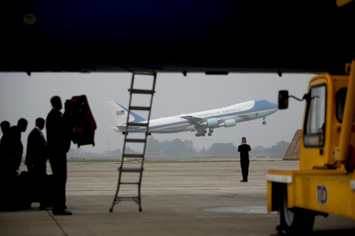 Air Force One with President Donald Trump aboard takes off at Nom Bar International Airport in Hanoi, Vietnam, Thursday, Feb. 28, 2019, to travel to Washington. (AP Photo/Andrew Harnik, Pool)