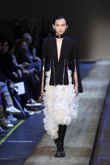 A model wears a creation as part of the Alexander McQueen ready to wear Fall-Winter 2019-2020 collection, that was presented in Paris, Monday, March 4, 2019. (AP Photo/Francois Mori)
