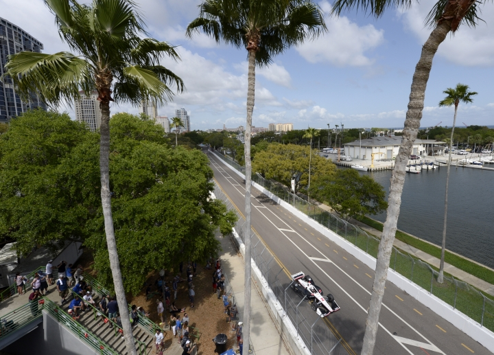 Team Penske's Josef Newgarden (2), of the United States, drives during the IndyCar Firestone Grand Prix of St. Petersburg (Fla.) auto race Sunday, March 10, 2019, in St Petersburg, Fla. (AP Photo/Jason Behnken)