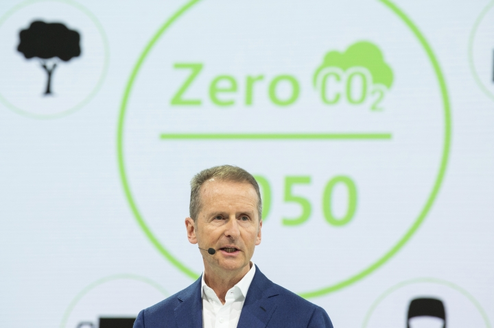 Herbert Diess, CEO of the Volkswagen AG, addresses the media during the annual press conference of the car manufacturer Volkswagen AG in Wolfsburg, Germany, Tuesday, March 12, 2019. (Christophe Gateau/dpa via AP)