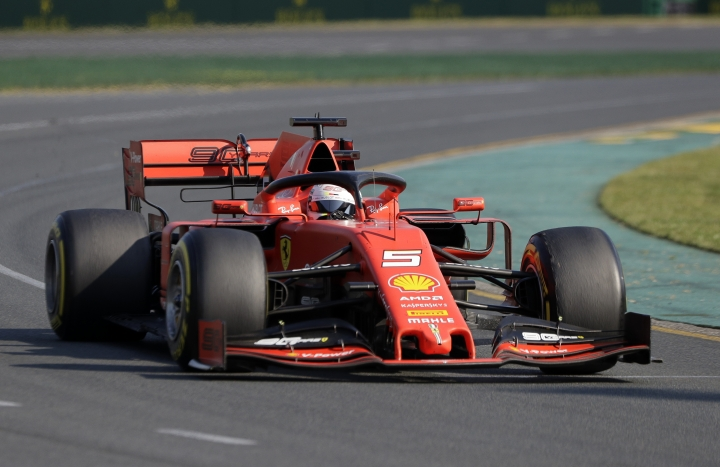 Ferrari driver Sebastian Vettel of Germany goes through turn 2 during the Australian Formula 1 Grand Prix in Melbourne, Australia, Sunday, March 17, 2019. (AP Photo/Rick Rycroft)