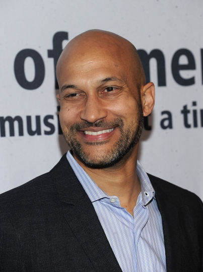 """Keegan-Michael Key walks the red carpet at the Jazz Foundation of America's 17th annual """"A Great Night In Harlem"""" gala concert at the Apollo Theater on Thursday, April 4, 2019, in New York. (Photo by Brad Barket/Invision/AP)"""
