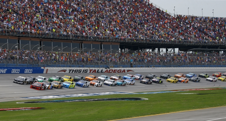 Austin Dillon (3) leads the pack to start a NASCAR Cup Series auto race at Talladega Superspeedway, Sunday, April 28, 2019, in Talladega, Ala. (AP Photo/Butch Dill)