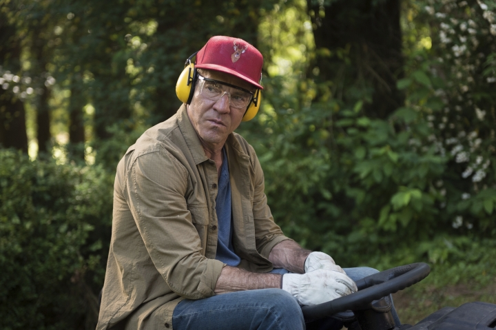 """This image released by Sony Pictures shows Dennis Quaid in a scene from """"The Intruder."""" (Serguei Baschlakov/Sony Pictures via AP)"""