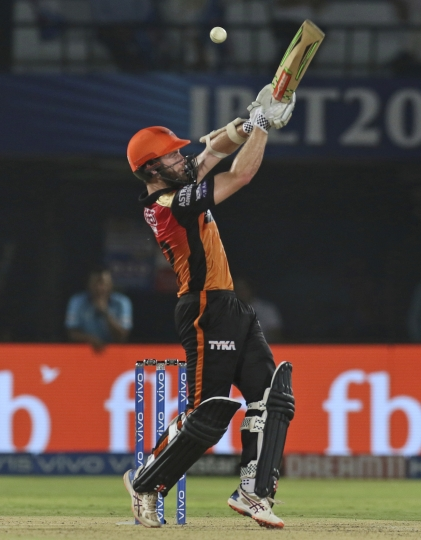 Kane Williamson, captain of Sunrisers Hyderabad, bats during the VIVO IPL T20 cricket eliminator match between Delhi Capitals and Sunrisers Hyderabad in Visakhapatnam India, Wednesday, May 8, 2019. (AP Photo/Surjeet Yadav)