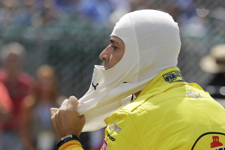 Helio Castroneves, of Brazil, prepares to practice for the Indianapolis 500 IndyCar auto race at Indianapolis Motor Speedway, Thursday, May 16, 2019 in Indianapolis. (AP Photo/Darron Cummings)