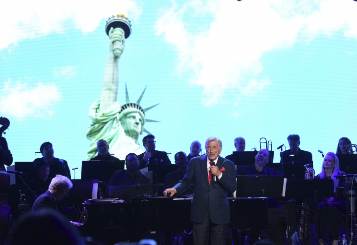 Singer Tony Bennett performs at the Statue of Liberty Museum opening celebration at Battery Park on Wednesday, May 15, 2019, in New York. (Photo by Evan Agostini/Invision/AP)