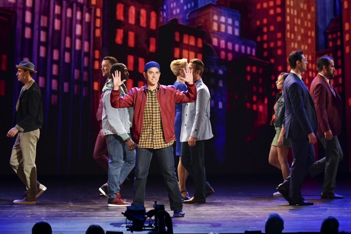 Santino Fontana, and the cast of Tootsie, perform at the 73rd annual Tony Awards at Radio City Music Hall on Sunday, June 9, 2019, in New York. (Photo by Charles Sykes/Invision/AP)
