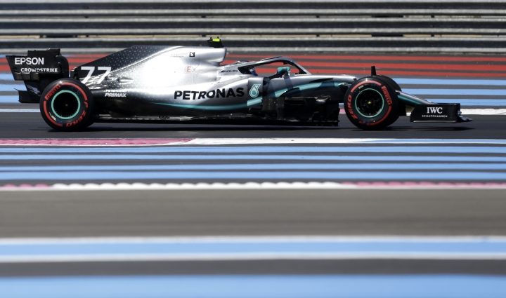 Mercedes driver Valtteri Bottas of Finland steers his car during the qualifying session at the Paul Ricard racetrack in Le Castellet, southern France, Saturday, June 22, 2019. The French Formula One Grand Prix will be held on Sunday. (AP Photo/Claude Paris)