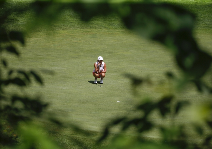 Lauren Stephenson lines up a putt during the second round of the Thornberry Creek LPGA Classic golf tournament Friday, July 5, 2019, in Oneida, Wis. (Chris Kohley/The Post-Crescent via AP)