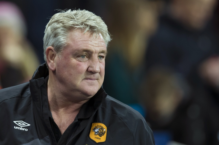 FILE - In this Tuesday, Dec. 1, 2015 file photo, Hull City's manager Steve Bruce on the touchline before his team's English League Cup soccer match between Manchester City and Hull City at the Etihad Stadium, Manchester, England. Newcastle has hired Steve Bruce to replace Rafael Benitez as manager of the Premier League team it was announced on Wednesday, July 17, 2019. (AP Photo/Jon Super, File)