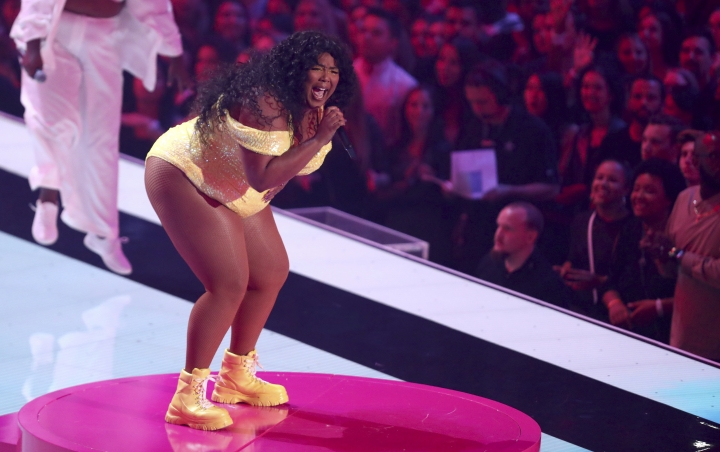 Lizzo performs a medley at the MTV Video Music Awards at the Prudential Center on Monday, Aug. 26, 2019, in Newark, N.J. (Photo by Matt Sayles/Invision/AP)