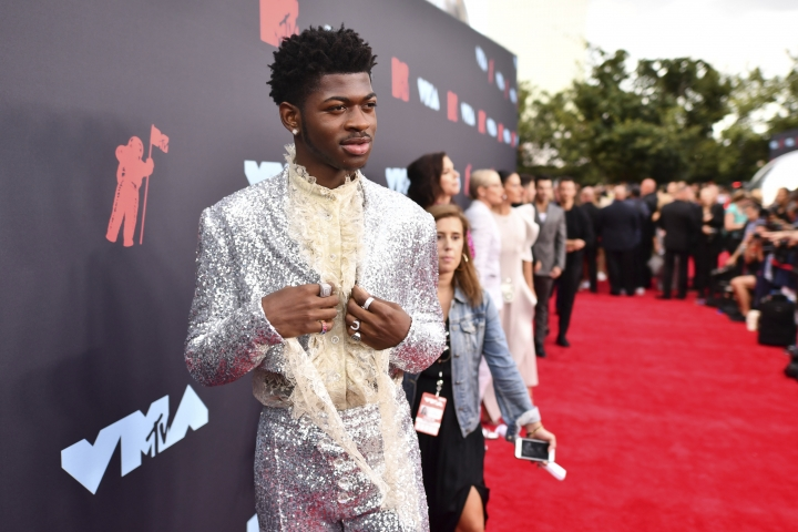 Lil Nas X arrives at the MTV Video Music Awards at the Prudential Center on Monday, Aug. 26, 2019, in Newark, N.J. (Photo by Charles Sykes/Invision/AP)