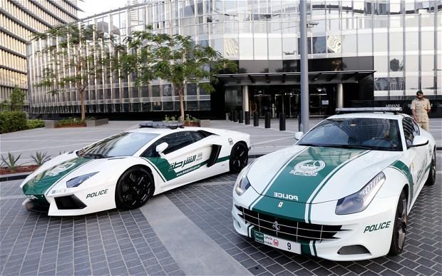Lamborghini_police_cars_in_dubai