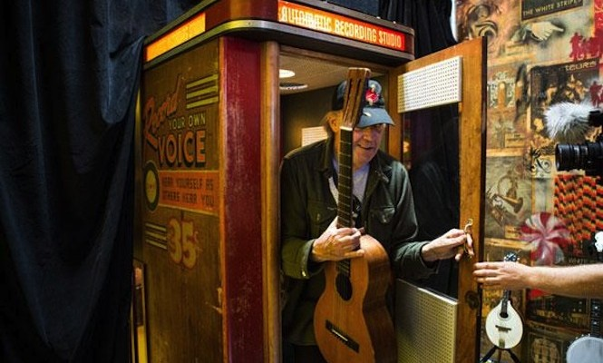 Neil Young cuts mystery 6″ vinyl in Jack White's record booth