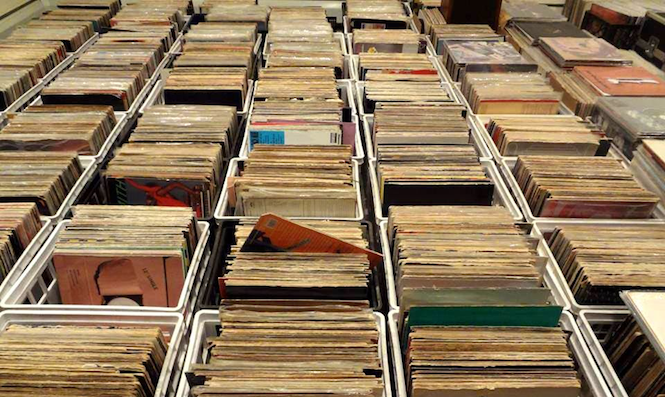 vinyl-sales-rise-another-40-in-the-first-half-of-2014