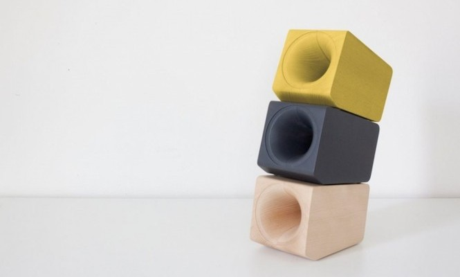 Apparently this speaker recreates the warm sound of a vinyl record