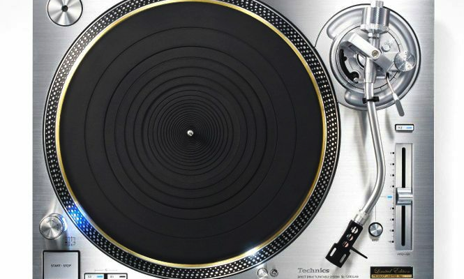 abbey-road-technics-sl-1200-turntables