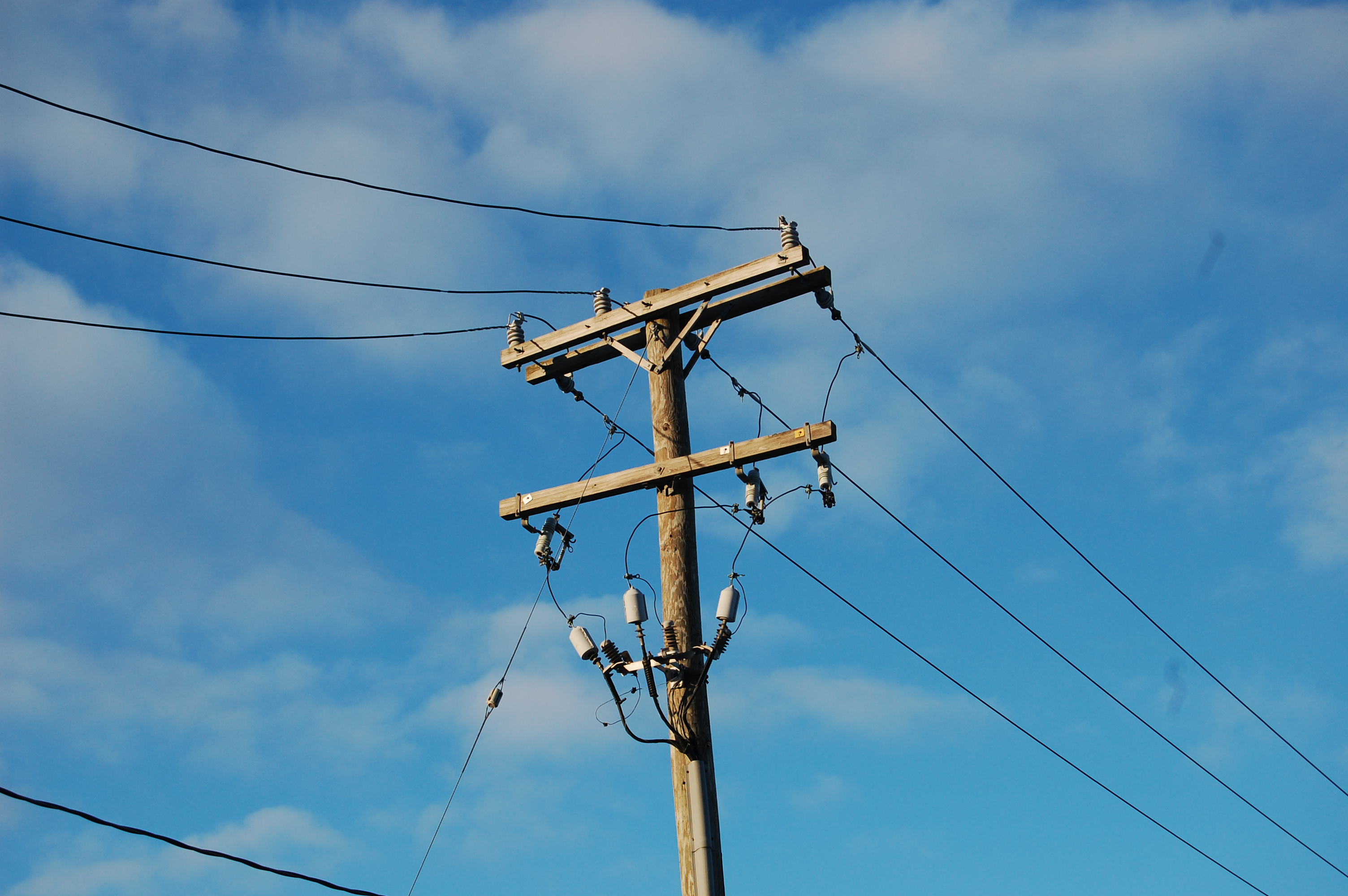 This Japanese pensioner built an electricity pylon in his ...