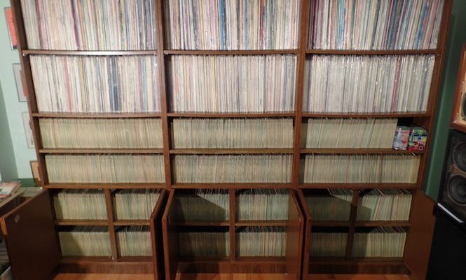 Massive collection of original rock'n'roll vinyl goes to auction