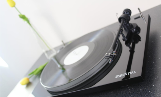 pro-ject-essential-iii-unveiled