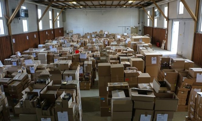 Millions of counterfeit vinyl records seized by German authorities