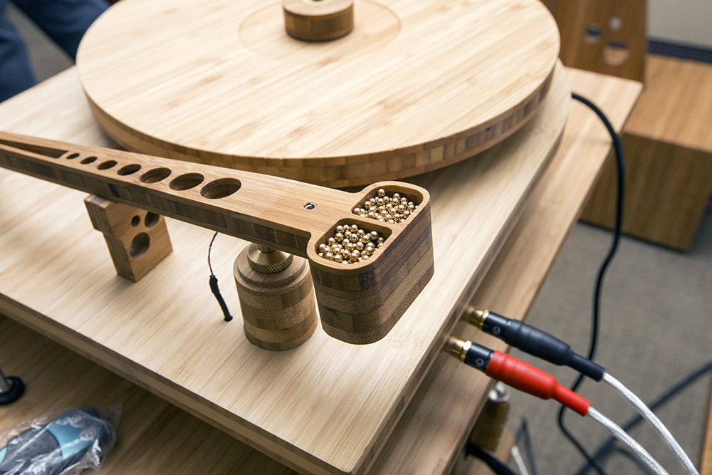 Tri Art Unveils New Bamboo Finished Turntable