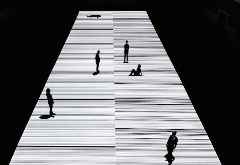 Ryoji Ikeda premieres mind-bending new A/V artwork test pattern [N°12] at Store Studios