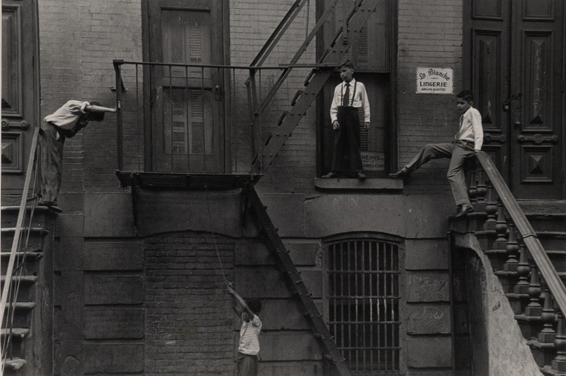 How Roy DeCarava's jazz photographs captured the soul of Harlem and influenced a generation