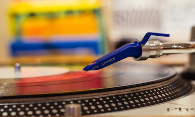 Turntables predicted to be top-selling tech product for Christmas 2017