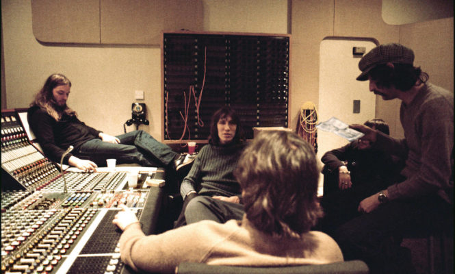 Intimate photos from inside Abbey Road Studios to go on display
